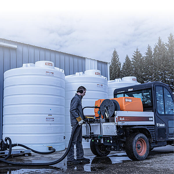 Brine-Storage-Tanks-Filling-A-De-Icing-Sprayer